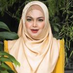 """""""Kalau Letak Orang Cakap, Tak Letak Pun Orang Cakap""""- Tak Kongsi Foto Di Media Sosial, Siti Nurhaliza Dah Terima Vaksin"""